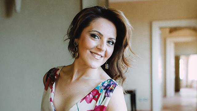 Maria Agresta - Biografia
